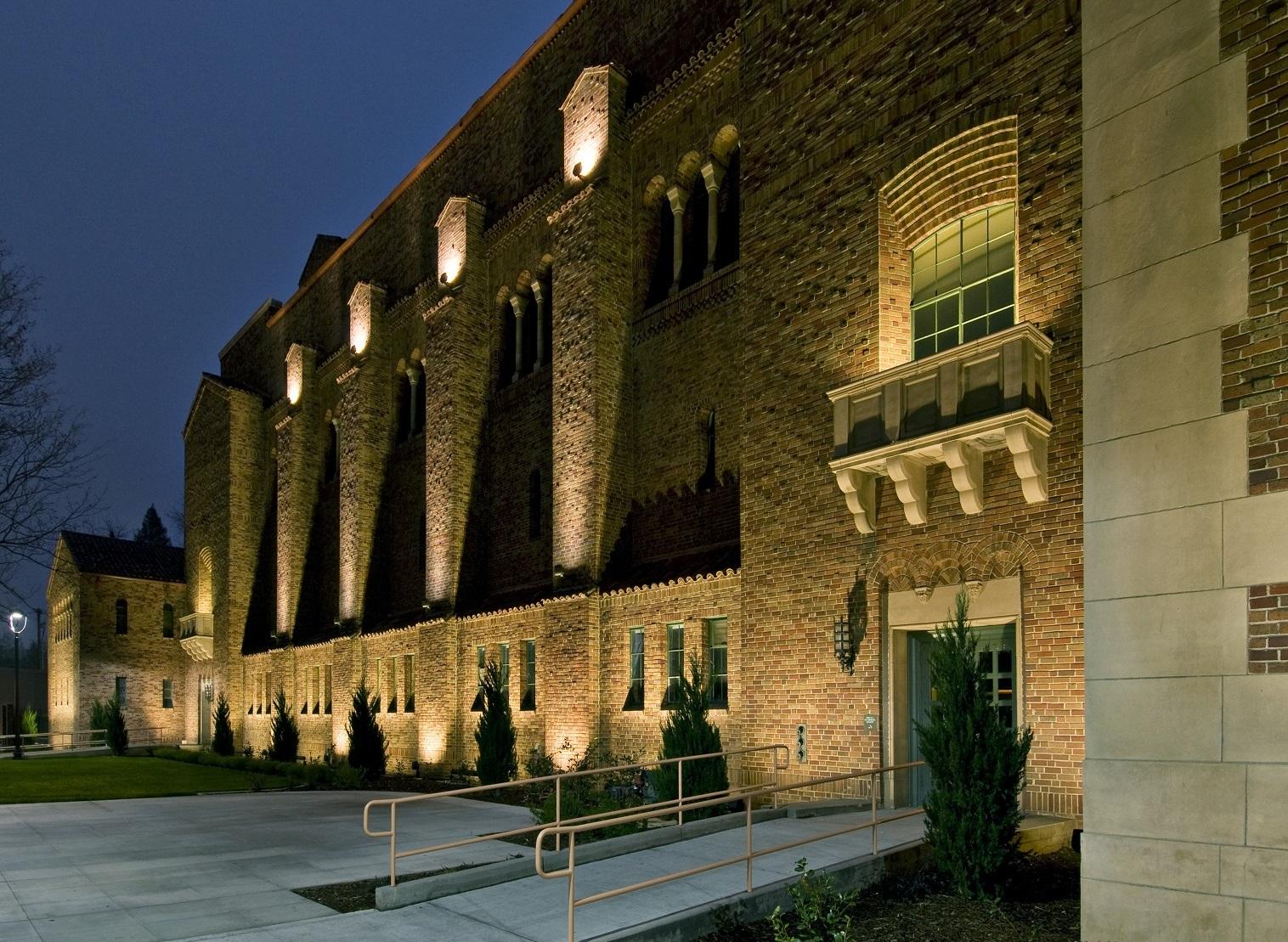Sacramento Memorial Auditorium at night